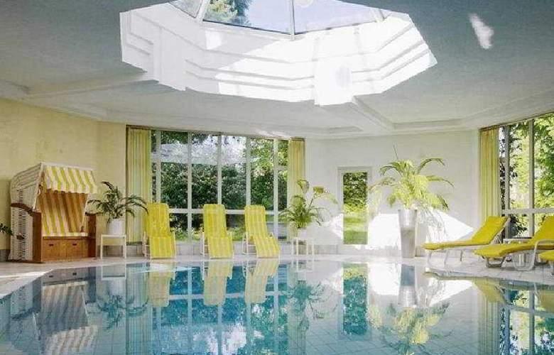 Hotel Schwärzler - Pool - 3