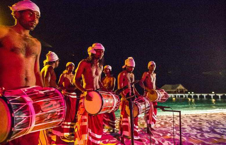 Palm Beach Resort & Spa Maldives - Sport - 54
