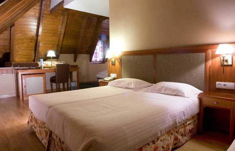 Acevi Val d'Aran - Room - 11