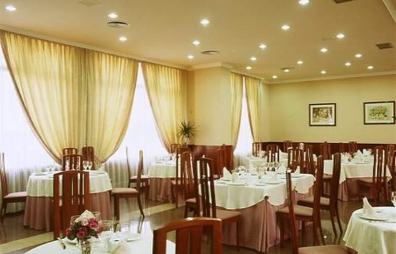 Galicia Palace - Restaurant - 0