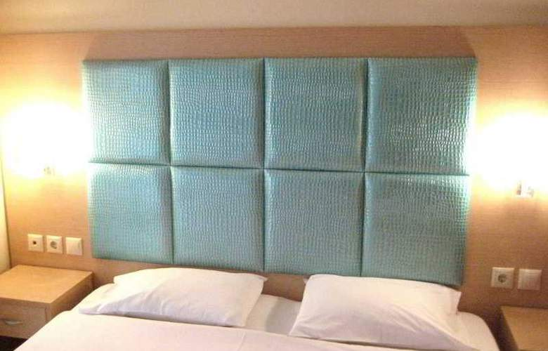 Hotel Avra - Hotel - 8