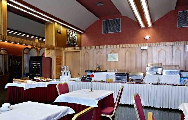 Sercotel Ciudad de Burgos - Restaurant - 56