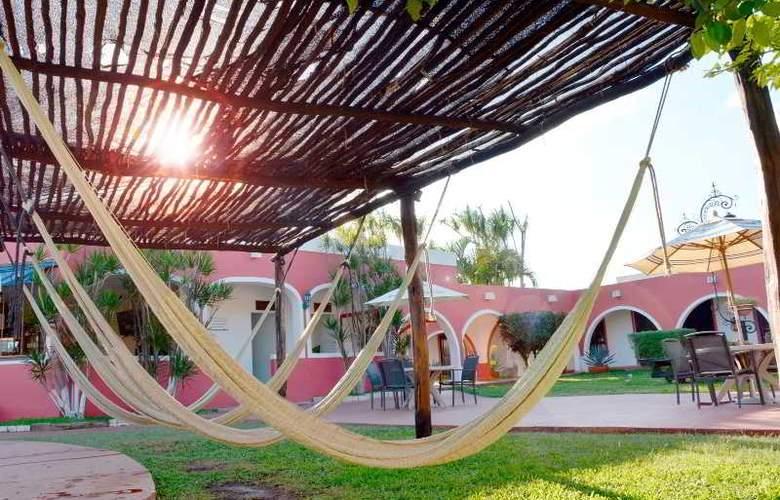 Hotel Hacienda Inn Aeropuerto - Hotel - 8