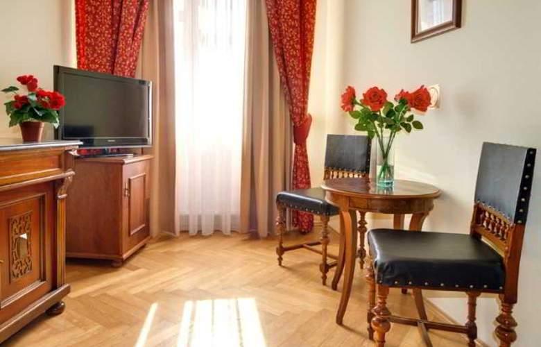 Mucha - Room - 17