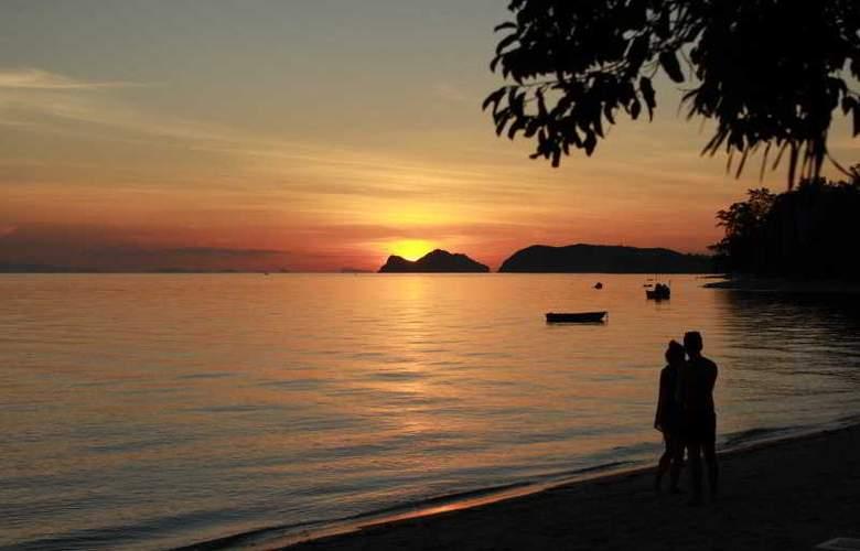 Milky Bay Resort Koh Phangan - Beach - 17