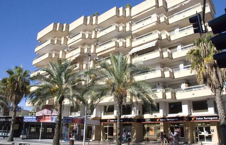Apartamentos Meritxell/Santa Rosa -Palmyra - Hotel - 0