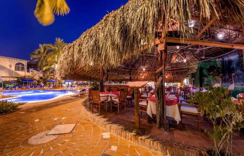 Flamingo Vallarta Hotel & Marina - Restaurant - 35
