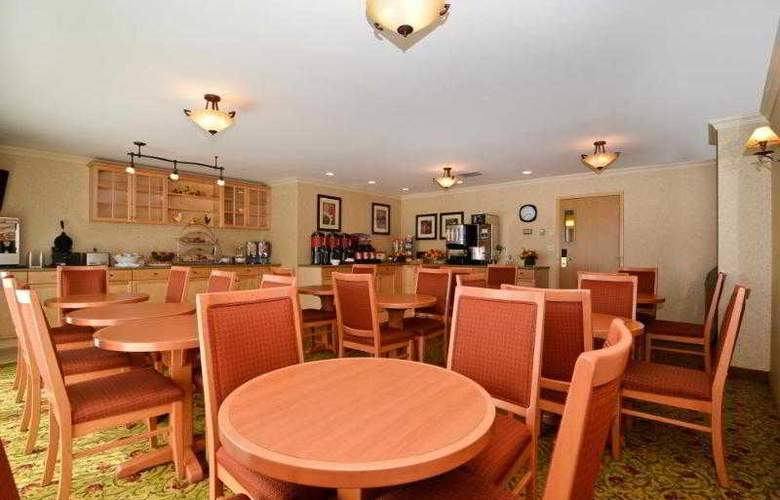 Best Western Langley Inn - Hotel - 28
