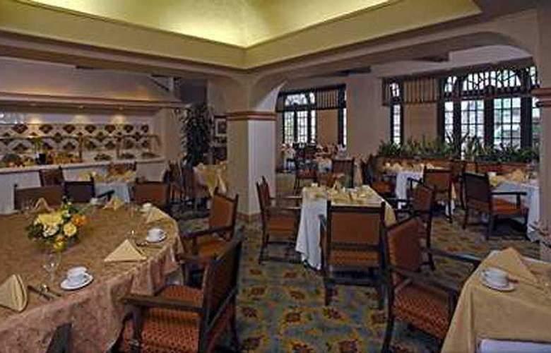 Doubletree Hotel Austin - Restaurant - 5