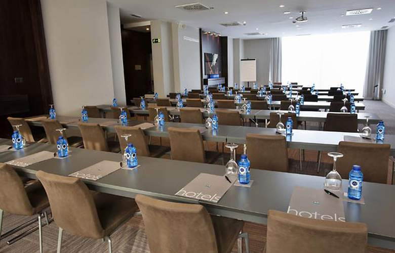 AC Valencia by Marriot - Conference - 22