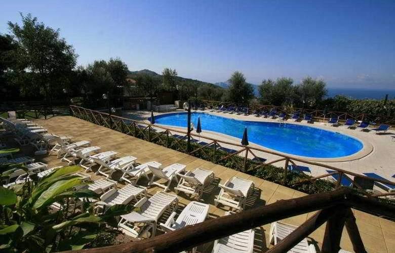 Relais il Frantoio - Pool - 7