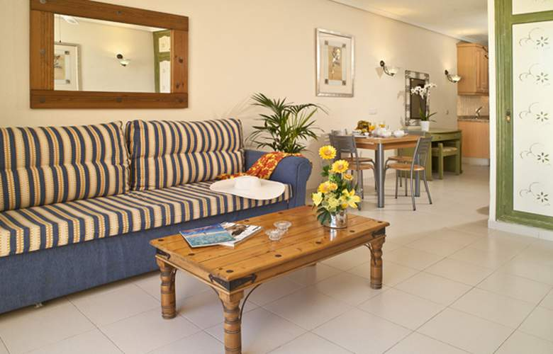 Paradise Court Aparthotel - Room - 6