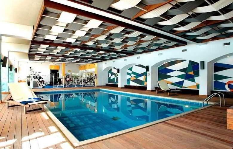 Corfu Holiday Palace - Pool - 14