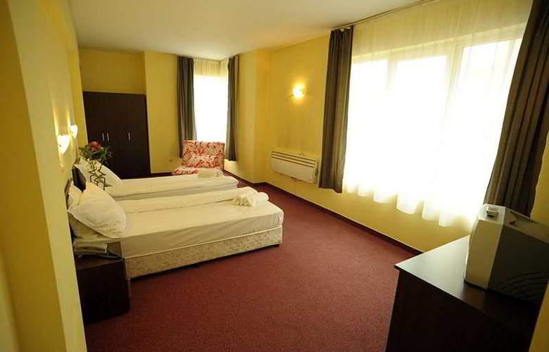 Bon Voyage Hotel Alexander - Room - 2
