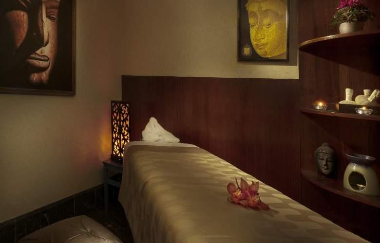 Radisson Blu Alcron Hotel - Sport - 39