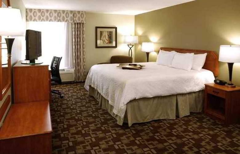 Hampton Inn Portage - Hotel - 10
