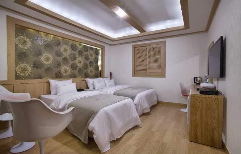 LEX Tourist Hotel - Room - 8
