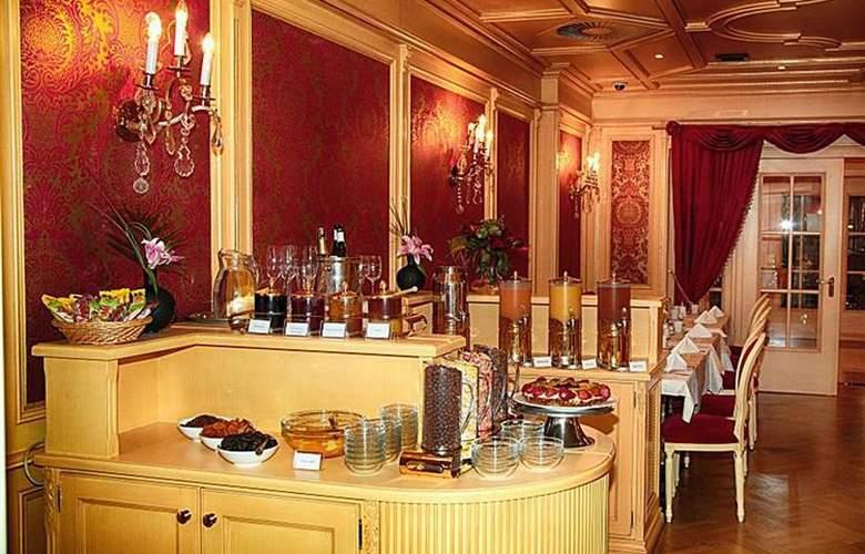 Best Western Premier Royal Palace - Restaurant - 45