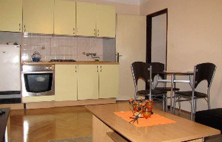 Apartments Marina - Room - 4