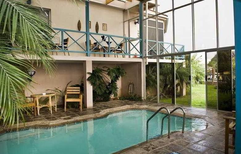 Protea Hotel Sea-View Zum Sperrgebiet - Pool - 1