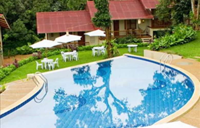 Asia Grand View - Pool - 16