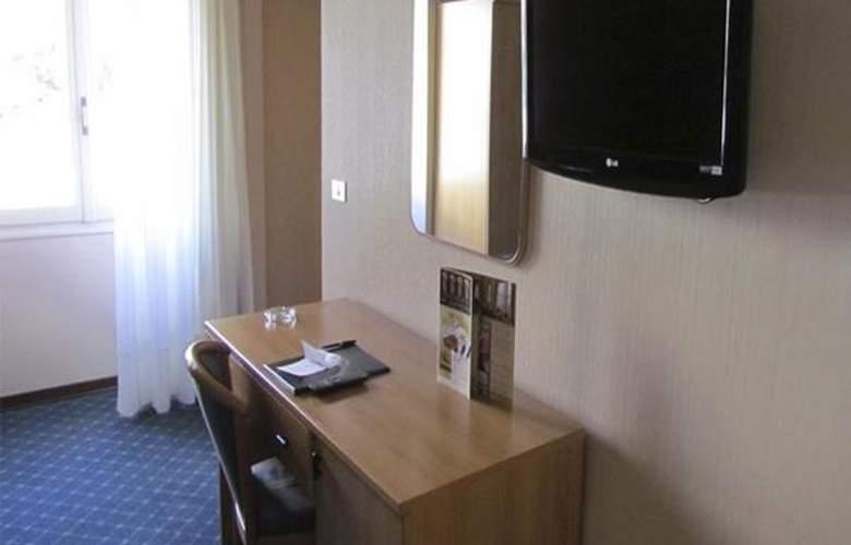 Europa - Hotel - 1