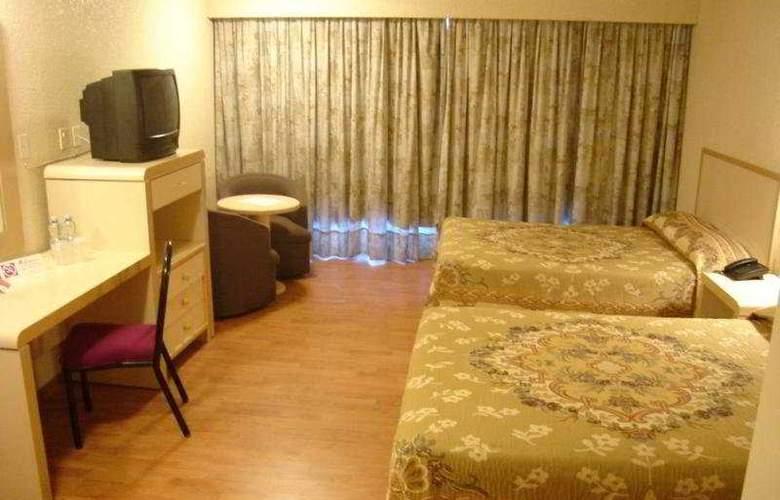 Misión Aguascalientes Zona Sur - Room - 1