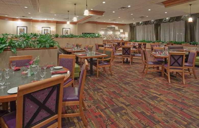 Crowne Plaza Hotel San Jose Valley - Restaurant - 28