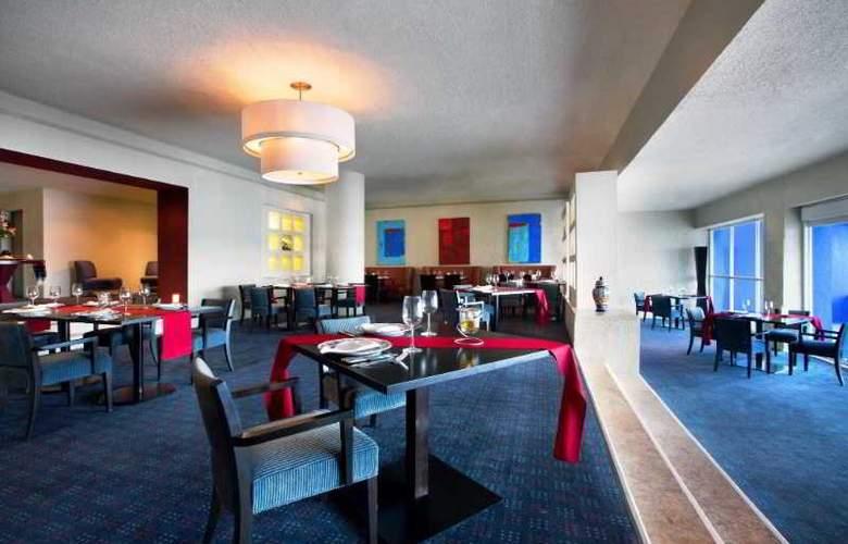 The Westin Resort & Spa Cancun - Restaurant - 51