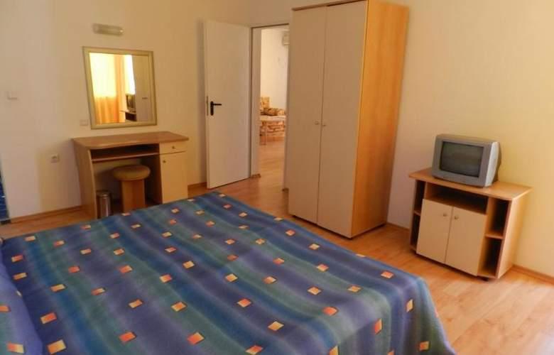 Sun Village - Room - 13