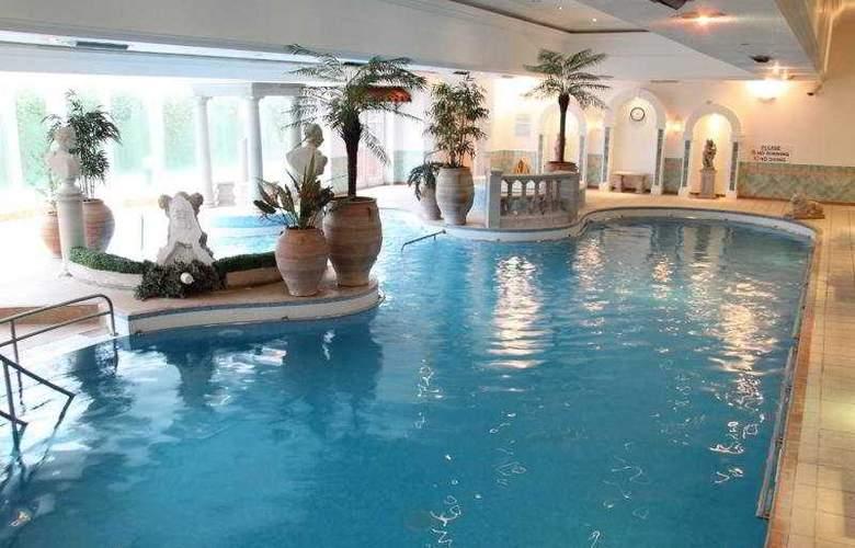 Hallmark Hotel Derby Mickleover Court - Pool - 6
