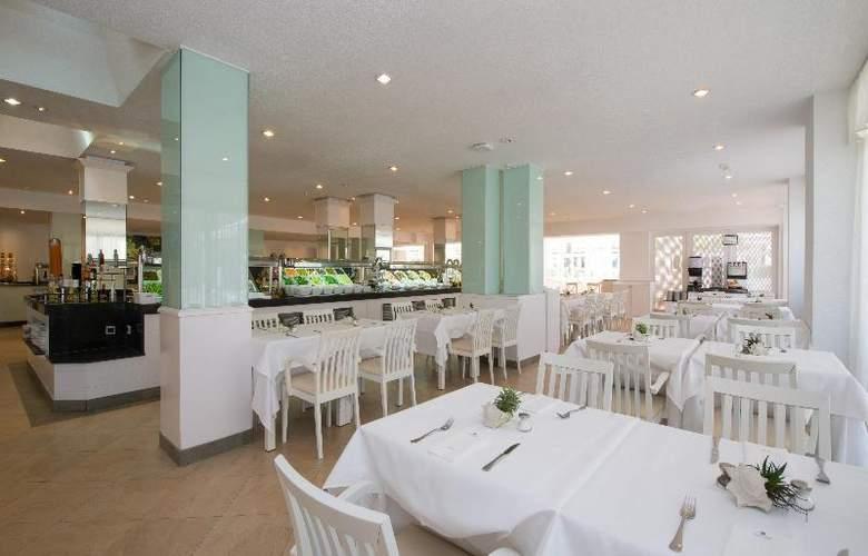Iberostar Ciudad Blanca - Restaurant - 26