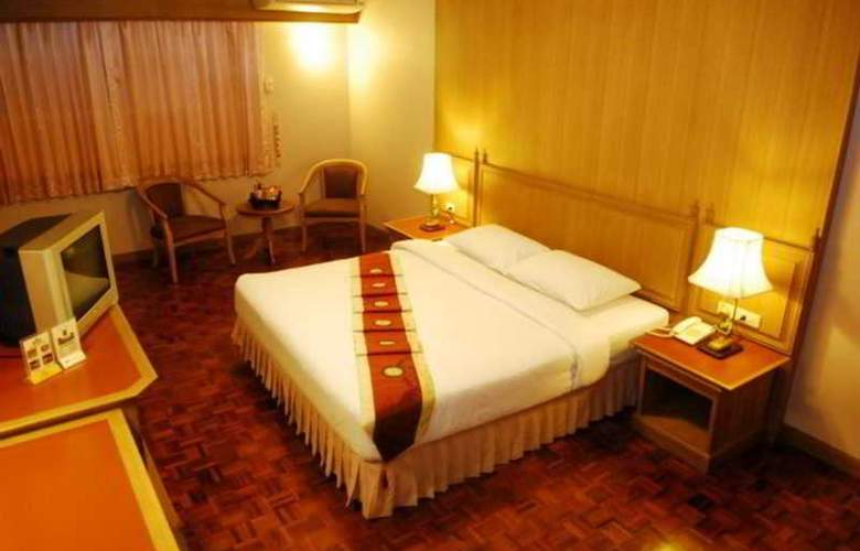 Silom Village Inn - Room - 6