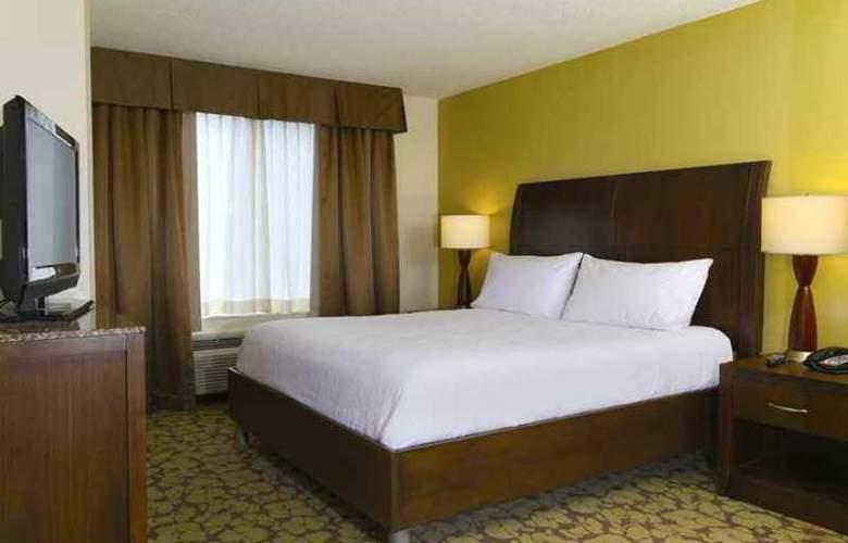 Hilton Garden Inn Tampa East/Brandon - Hotel - 3