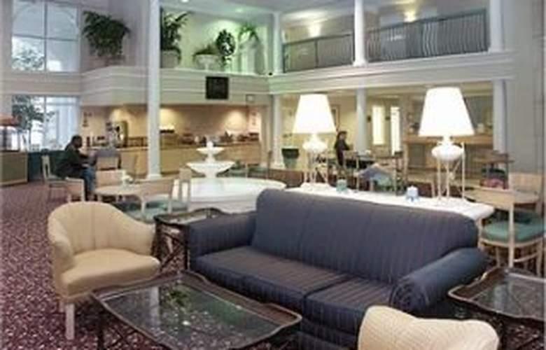La Quinta Inn & Suites Durham / Chapel Hill - General - 1