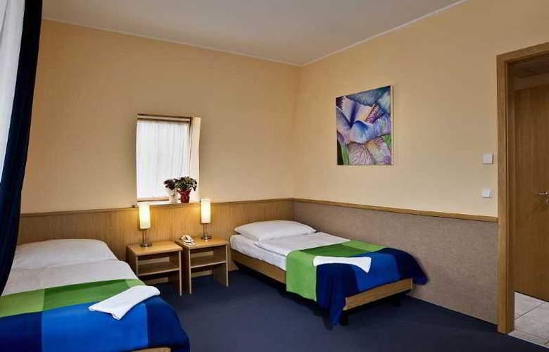 Jagello Hotel - Room - 8