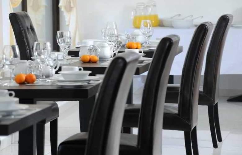 Royiatiko Hotel - Restaurant - 6