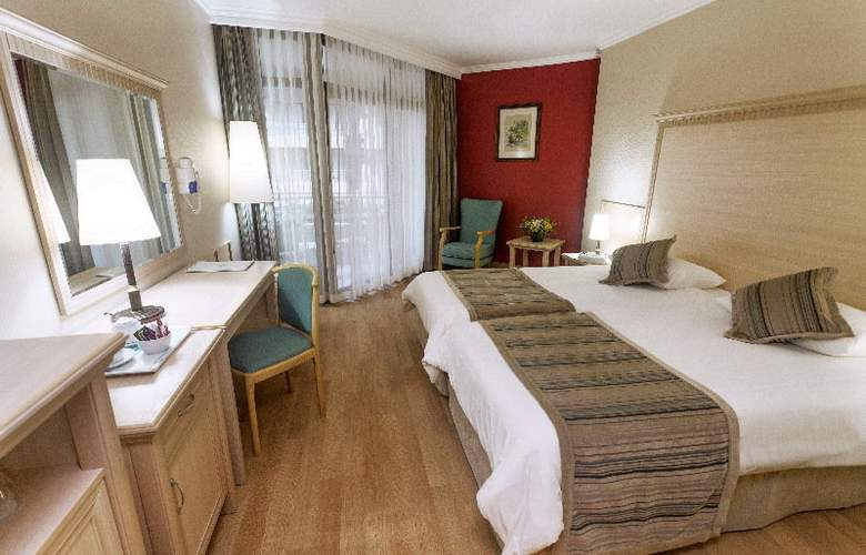 Aqua Hotel - Room - 5