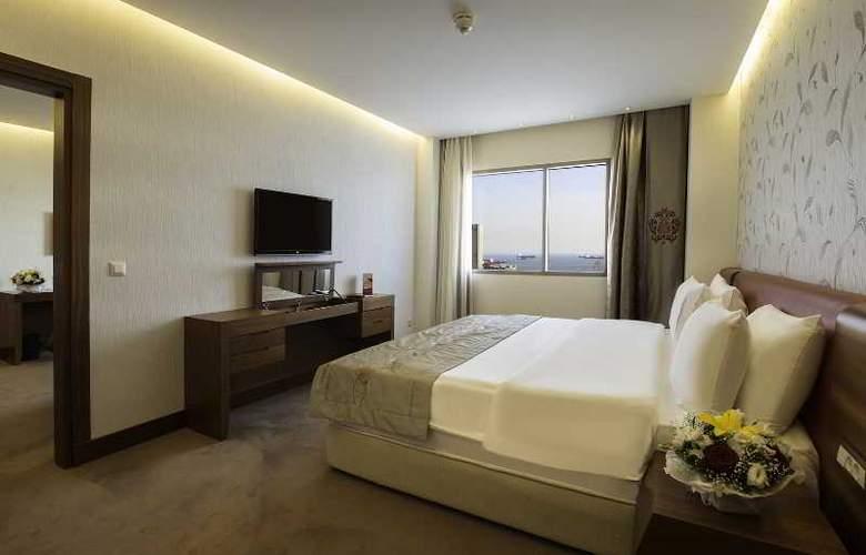 Ramada Hotel & Suites Atakoy - Room - 13
