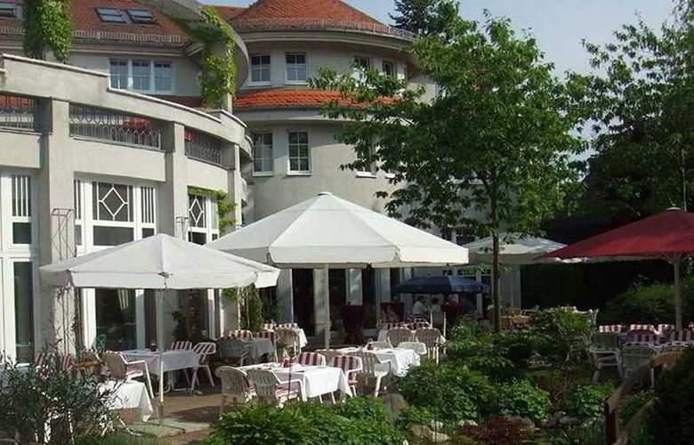Hotel Landhaus Alpinia - Terrace - 7