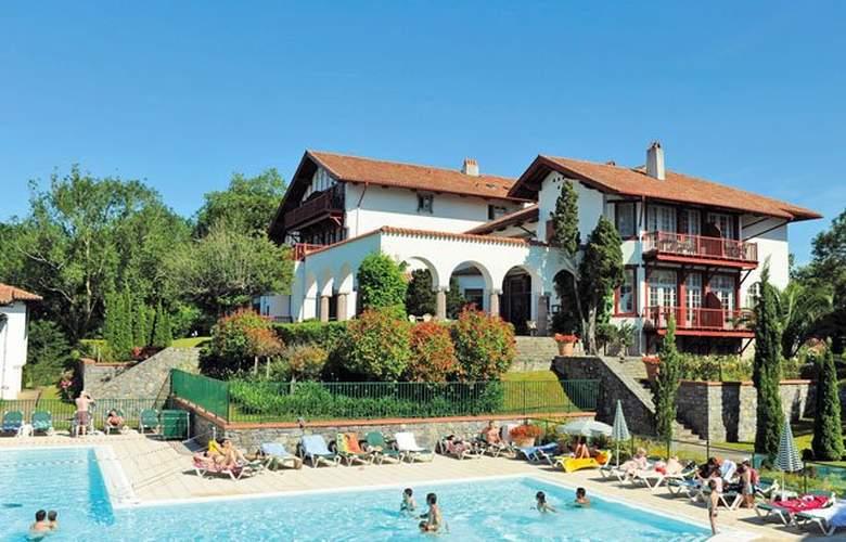 Pierre & Vacances Residence la Villa Maldagora - Pool - 6