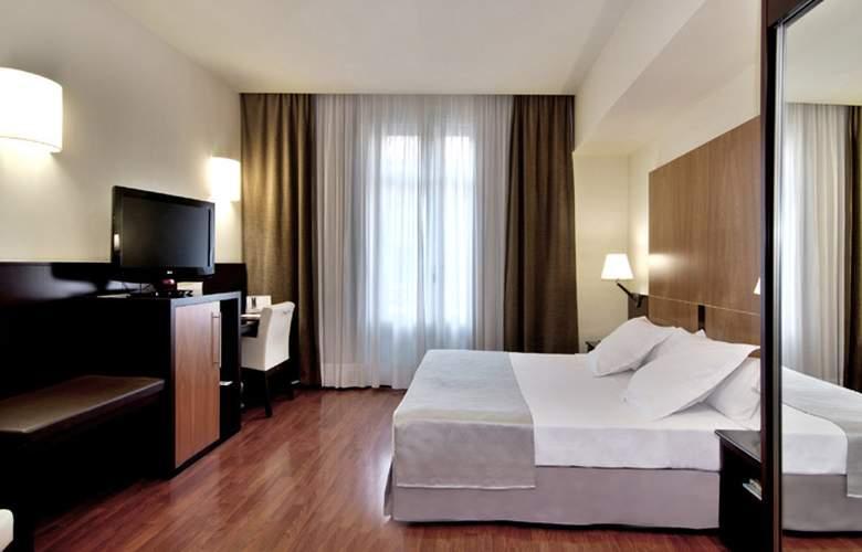Catalonia El Pilar  - Room - 1