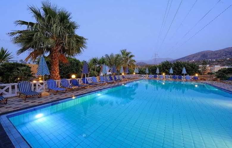 Paloma Garden and Corina Hotel - Pool - 10