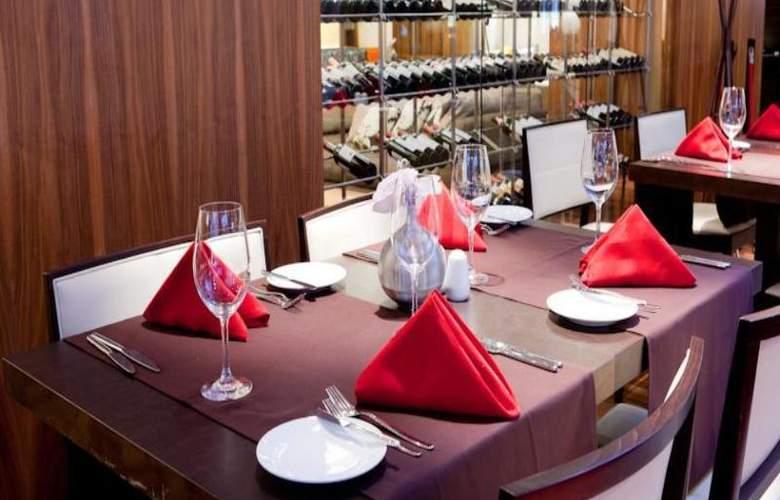 Radisson Blu Elizabete Hotel - Restaurant - 15