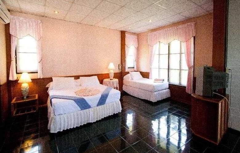 Long Bay Resort - Room - 3