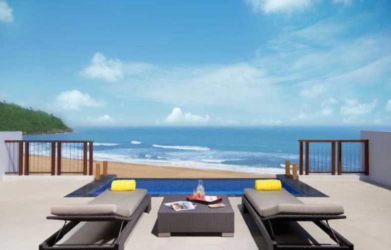 Angsana Lang Co Hotel & Resort - Terrace - 13