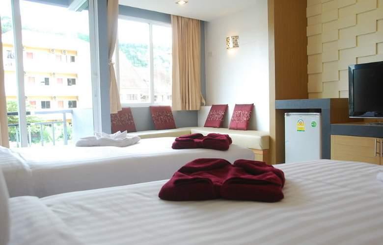Hallo Patong Dormtel & Restaurant - Room - 6