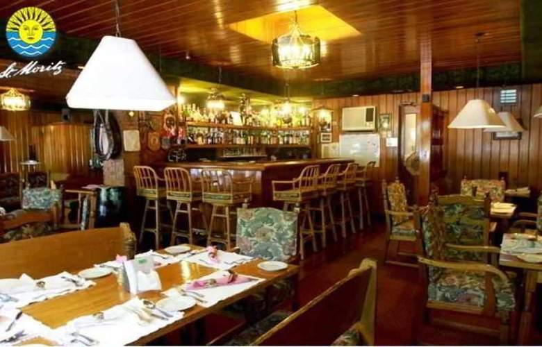 St. Moritz Hotel - Restaurant - 4