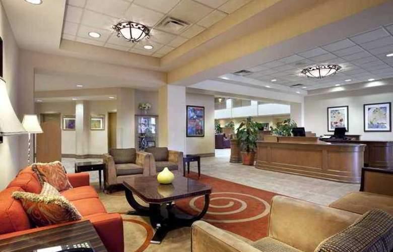 Embassy Suites Orlando - Airport - Hotel - 1