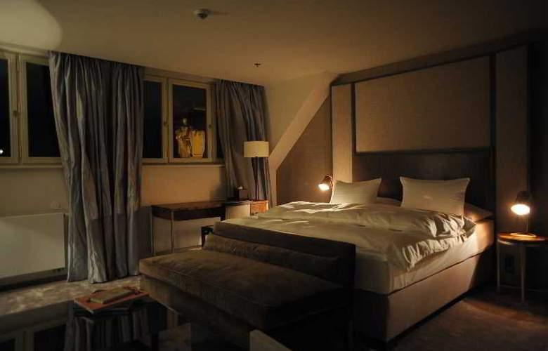 The Emblem Hotel - Room - 18